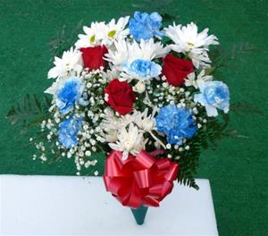 016.Fresh Red/White/Blue Bouquet-Carnations and Roses