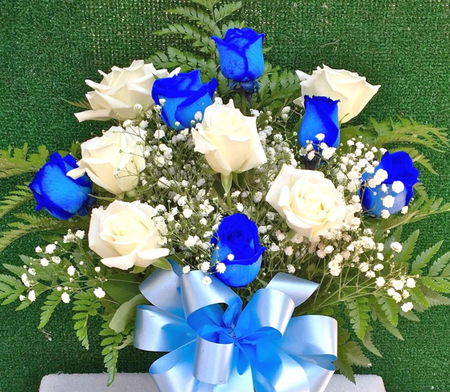 04 Fresh Dozen Blue And White Roses National Floral Design